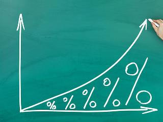 Átnézhet a jegybank a vágtató infláció felett