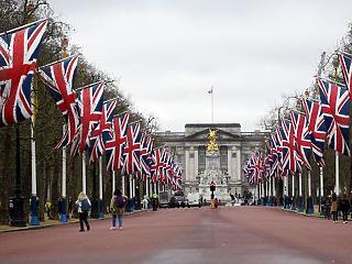 Fél évszázad után leléptek a britek – A hét sztorija
