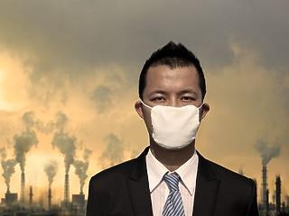 Fullasztó a levegő a nagyvárosokban - egészen furcsa ötletekkel törnék meg az autók dominanciáját