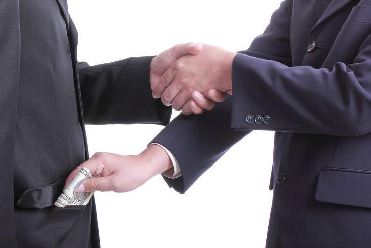 Bod Péter Ákos: Korrupt ország. Na és?