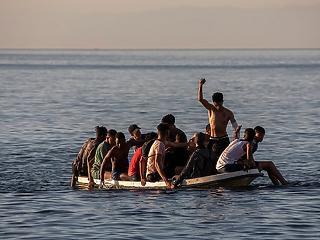 Dörömbölő migránshadak? Évek óta zuhan a Dél-Európát elérő migránsok száma