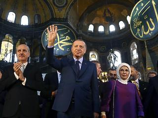 Véres húst dobhat az iszlamistáknak a beszorult Erdogan