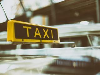 Ismét jön a pályázat: új lehetőség a taxisoknak