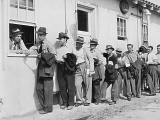 Magas szinte ragadt a tartós munkanélküliek száma az USA-ban