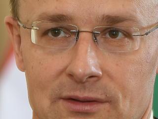 Szijjártó Péter: az év második felében találkozhat Orbán és Putyin