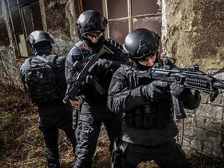 Új magyar fegyvergyártás: előrelépés vagy a pazarlás konzerválása?