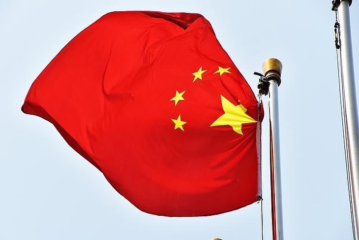 Lehetetlen tartani a lépést Kínával?