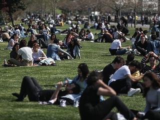 Stanford-professzor: semmit sem érnek a karanténok