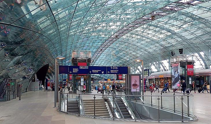 A Frankfurti Repülőtér (Pixabay.com)