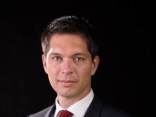 Lemondott az ország ötödik legnagyobb bankjának vezetője
