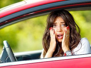 Hatalmas pofon az autósoknak: másfélszeresére nőnek az árak a kutakon