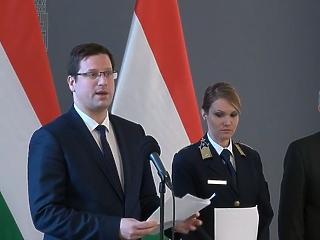 Koronavírus: a kormány nem tanácsolja a magyaroknak, hogy a fertőzött területekre utazzanak