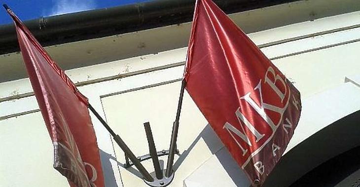 Nekik áll majd a közös zászló? Fotó: MTI