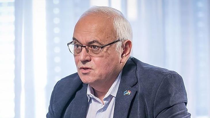 Dr. László Imre szerint elképzelhető, hogy a kormány belefogott a titkosított egészségügyi reformba. Fotó: Média1