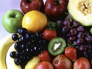 Több mint 2 milliárd forint adót nem fizettek be a zöldség- és gyümölcskereskedők