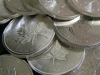 Javulnak a járványstatisztikák, a fém évében felvásárolják az összes ezüstöt