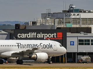 Hazaért 140 ezer, a bebukott légitársaság miatt külföldön ragadt brit