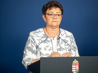 Müller Cecília: Fő az éberség, mert a vírus még köztünk van!