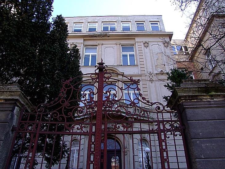 A BM kórház épülete - Kép forrása: mierzsebetvarosunk.blog.hu