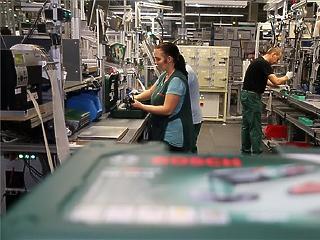 Elértéktelenedő minimálbér, mi lesz a vakcinaútlevéllel