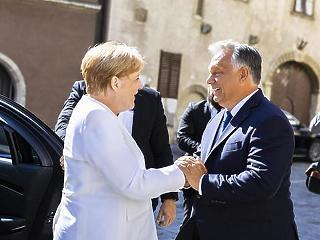 Orbán Viktor és Angela Merkel különös szövetsége - A Hét videója