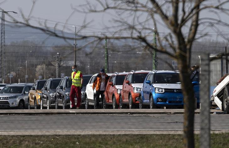 Az esztergomi Suzuki-gyár 2020. március 18-án. A Magyar Suzuki Zrt. vezetése 2020. március 23-tól állította le az esztergomi gyártást. A leállás 3200 dolgozót érint. MTI/Szigetváry Zsolt