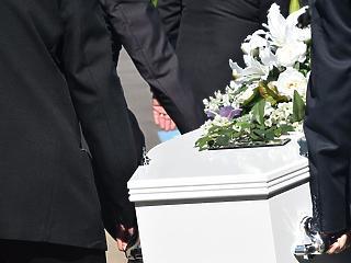 Megemelné a temetés árát a fővárosi önkormányzat