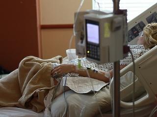 Meghalt az első koronavírusos beteg Magyarországon