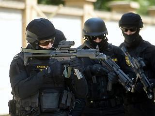 Brutálisan alultervezte a terrorellenes kiadásait a kormány
