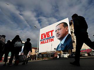 A szaúdiak titkos játszmája – egyre nagyobb bajban Erdogan