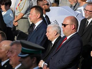Határozatban zárta ki a lengyel kormánypárt az EU elhagyását
