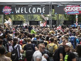 Félmillió látogatóval zárhat az idei Sziget