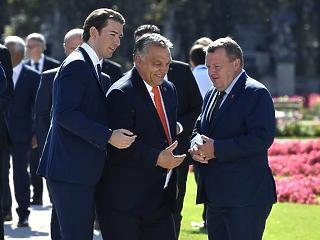 Váratlan kérdést kapott Orbán Viktor Salzburgban