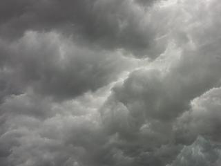 Több száz millió forintos kárt okoztak a hétvégi viharok az országban