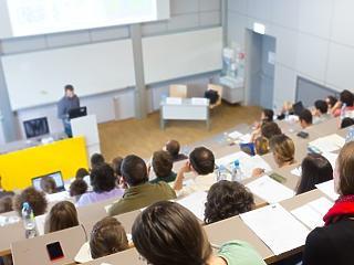Egyetemek vs. koronavírus: most kezdődik a meccs