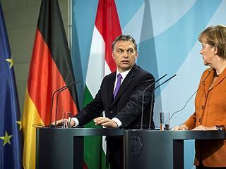 Ma megizzaszthatja egymást Orbán és Merkel
