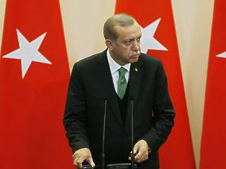 Hatalmas öngólt rúgott Erdogan