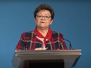 Müller Cecília: igyekezzenek az egészségügyi dolgozók, mert tovább kell lépni!