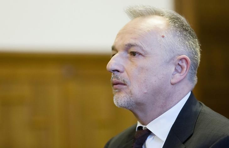 Horvátország újra kérte a Hernádi Zsolt elleni elfogatóparancs megújítását