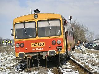 Sokkal kevesebb a baleset a vasúti átjárókban