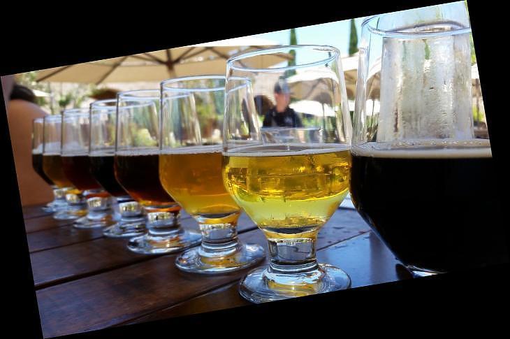 Rossz gyorsjelentések jöttek, de legalább ittunk elég sört