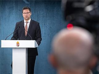 Itt a döntés: Magyarország ismét bezárja határait a külföldiek előtt