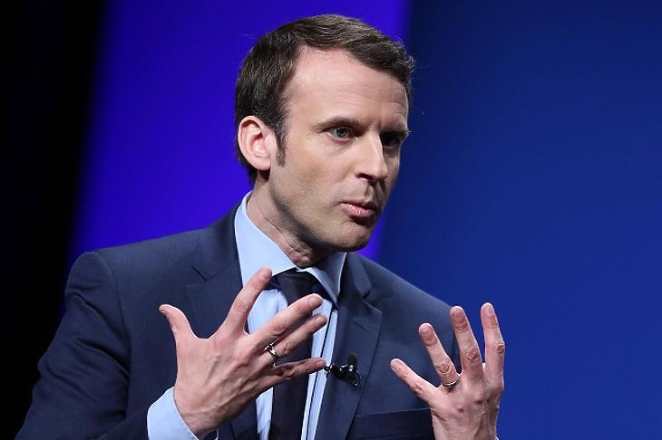 Macron: Európának jobban meg kell szerveznie magát a migrációs nyomás miatt