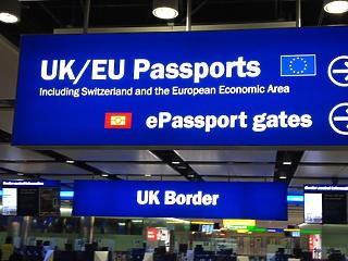 Karanténba kell menni, ha Angliába utazik