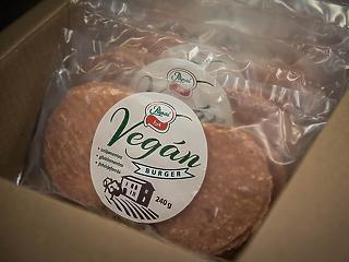 Vegán burgerpogácsával jelentkezik a Pápai Hús
