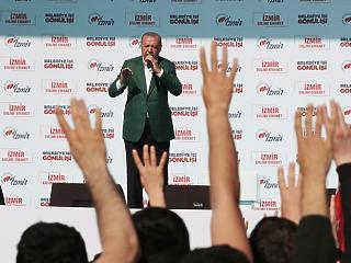 Krízis Amerikával – Erdogan nagyon szeretné elterelni a figyelmet valamiről