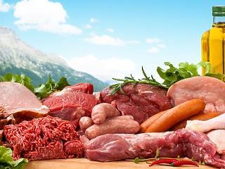 Baj van a húsiparban: mindent kizsigerelnek a multik