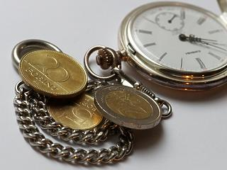 339,26! Újabb történelmi mélyponton a forint euróárfolyama