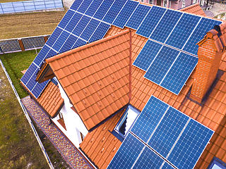 Mennyi idő alatt szerelhető fel egy napelemes rendszer?