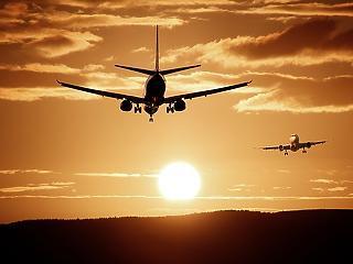 Hiába indult el a légi forgalom, lesz, akit visszafordítanak a repülőtéren